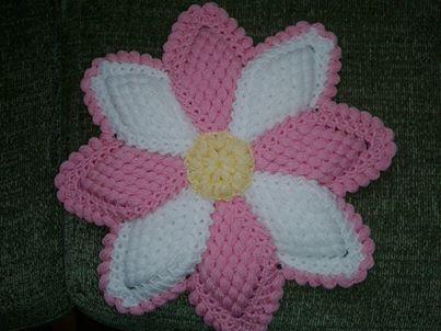 Pembe çiçekli örgü lif modeli