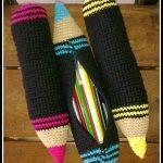 kalem şeklinde renkli örgü kalemlik modelleri
