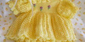 2016 Örgü bebek elbise takımı örnekleri