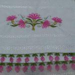 Pembe yapraklı iğne oyası havlu kenarı