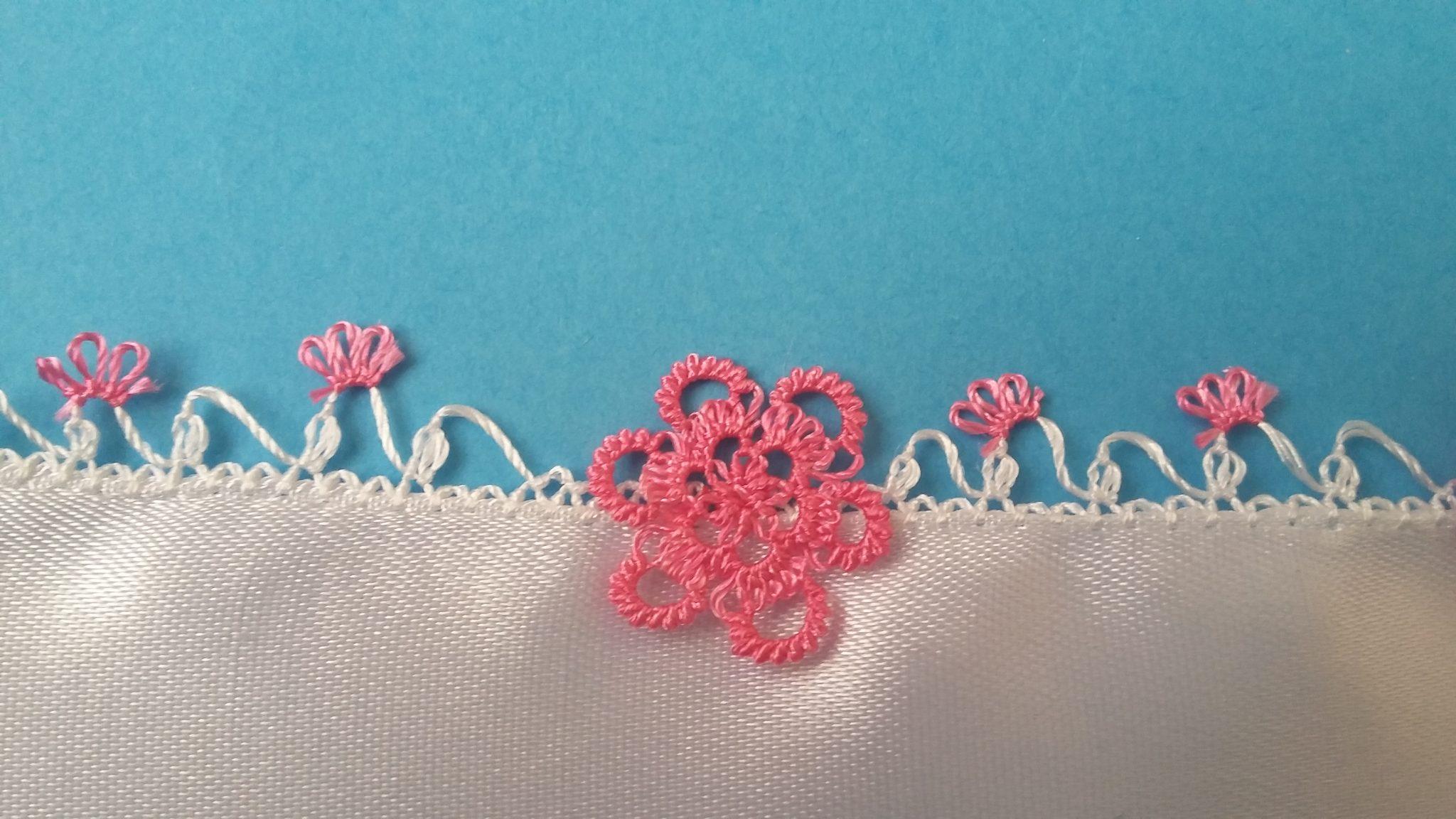 Pembe Çiçek İğne Oyası Modeli