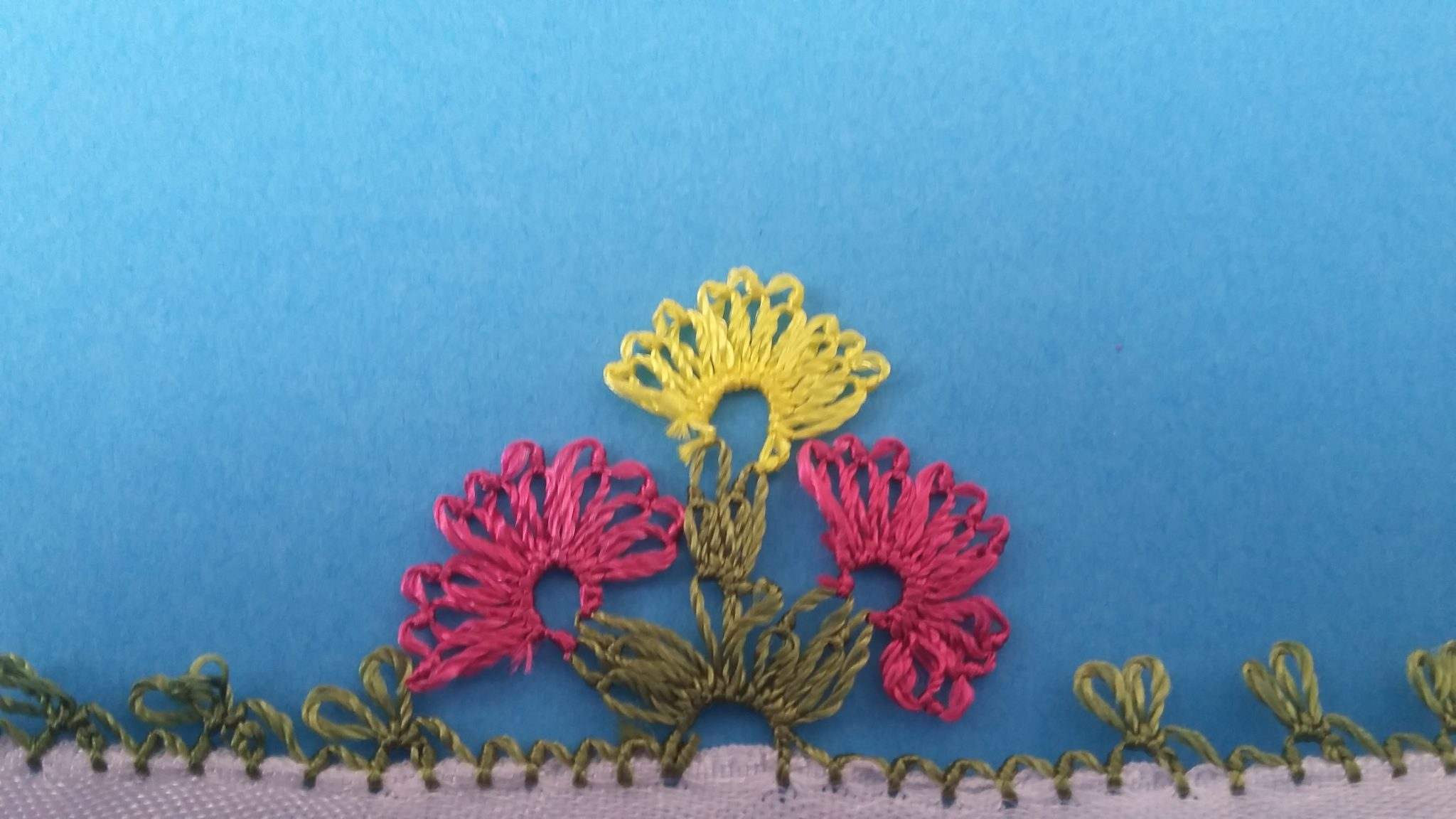 Çiçekli İğne Oyası Modeli